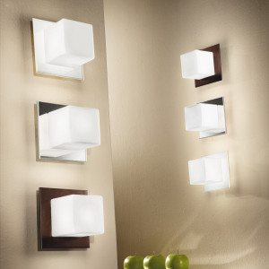 Linea Light - Bathroom lighting - Cubic wall lamp