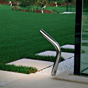 Garden peg steplight