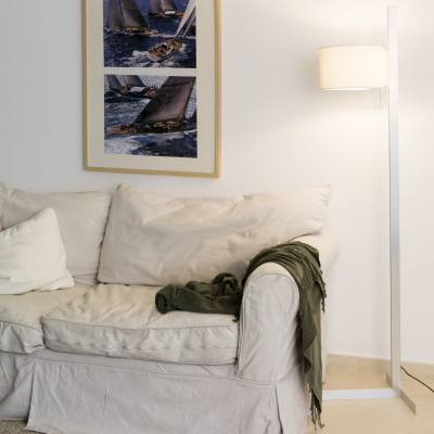 Faro - Indoor - Essential - Stand Up PT - Piantana minimal
