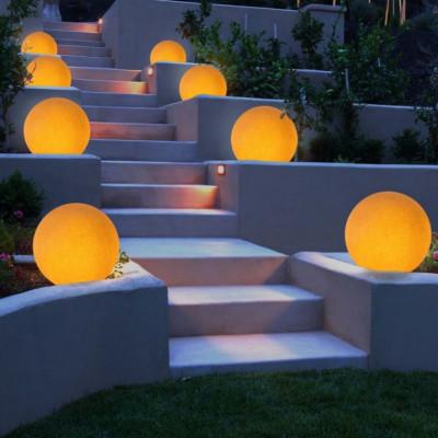 Linea Light - Oh! - Oh! - Lampada da terra a sfera da esterni M